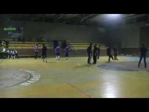 فعاليات نشطة لكرة القدم في مدينة إدلب