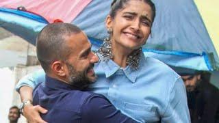 सबके सामने सोनम कपूर #Sonam Kapoor को # Husband # alia Bhattपति ने उठाया गोद में