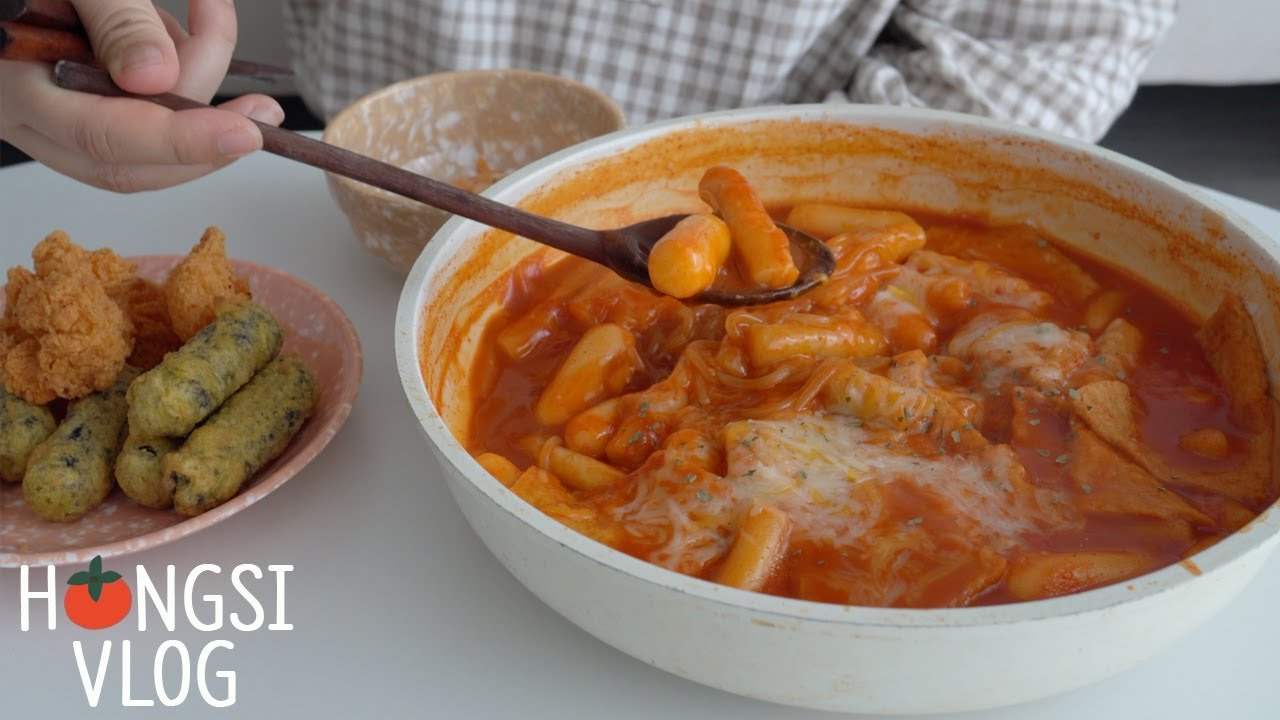 (ENG) vlog 매운 음식에 꽂혔던 날들, 짬뽕라면 만들어먹고 오랜만에 아구찜 배달시켜먹기(마파두부,길거리토스트,떡와플,라볶이)