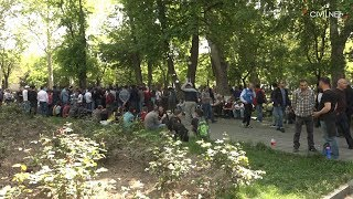 Ժողովուրդը հանգստանում է այգում