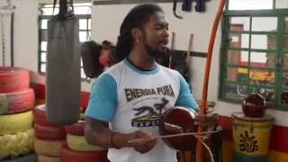 Mestrando Gato Preto, musique, capoeira, energia pura
