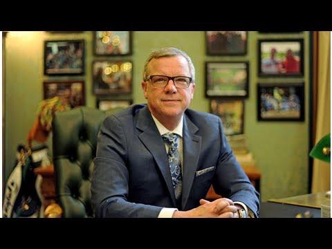 Former Saskatchewan premier Brad Wall hired as special adviser by law firm in Alberta