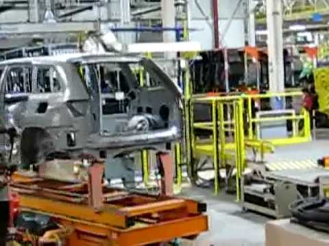 Jeep Grand Cherokee assembly line - YouTube