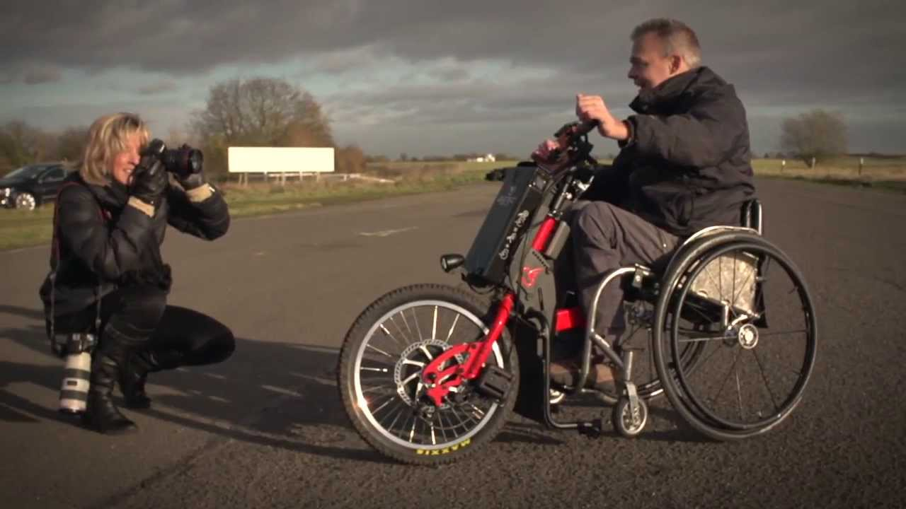 Electric bike adaption for wheel chair youtube - Electric Power Trike Wheel Chair Stuart Dunne Of Cyclone Mobility Test The Batec Trike 2014 Youtube