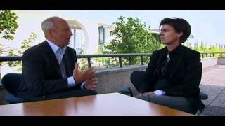 Justice with Michael Sandel - BBC: Justice: Collective responsibility