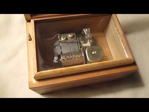 Hummel Fuji Music Box