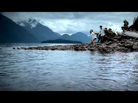 "WirelessWave Commercial ""Skipping Stones Brand"""