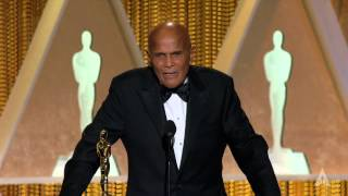 Harry Belafonte receives the Jean Hersholt Humanitarian Award at the 2014 Governors Awards