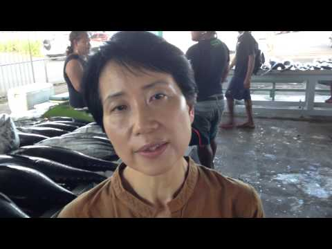 GEF CEO Naoko Ishii at Tuna Fish market in Apia, Samoa