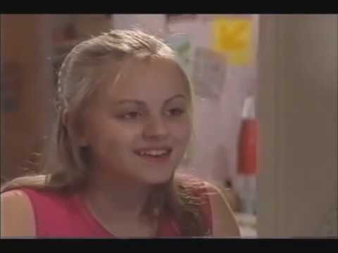 Coronation Street - Sarah Starts Talking To Gary Online 06/07/01