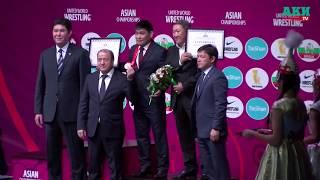 Награждение борца Базара Базаргуруева бронзой Олимпиды-2008