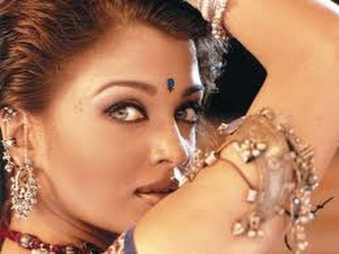 2013 - Aishwarya rai coup de foudre a bollywood ...