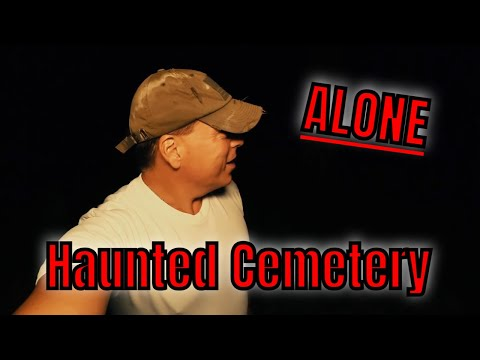 (30 Minute ALONE Challenge) Haunted Cemetery at 2am. SHADOW MAN?  AND VOICES .