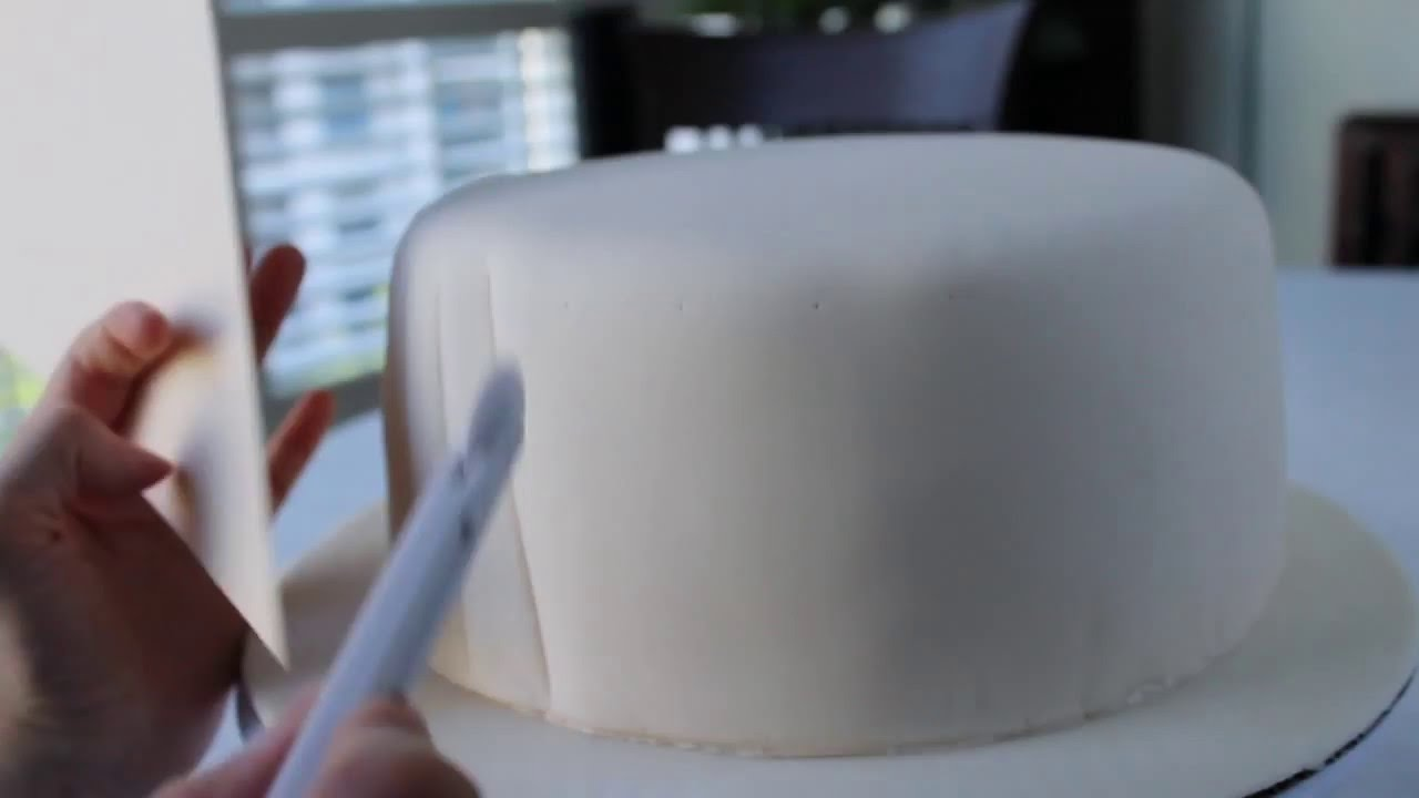 How To Do A Quilting Pattern On Fondant Cake
