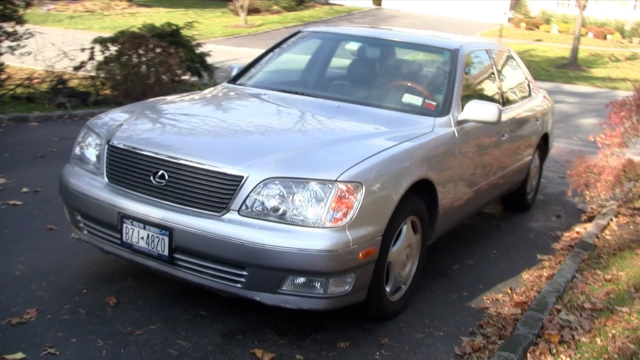 1999 Lexus LS 400 walk around