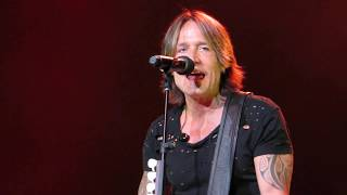 """Keith Urban """"Never Comin' Down"""" Live at The Hard Rock Hotel & Casino"""