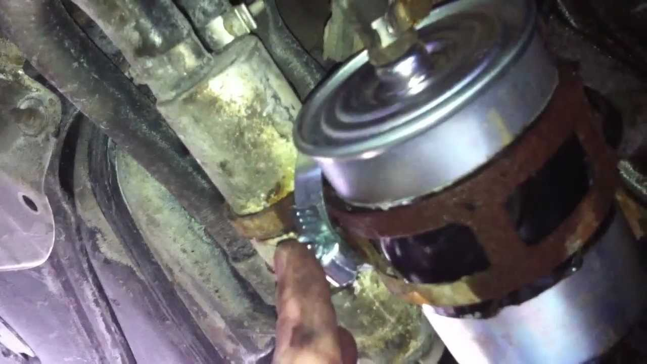 how to replace the fuel filter on a mercedes w202 chassis c230 2003 SLK230 Fuel Filter
