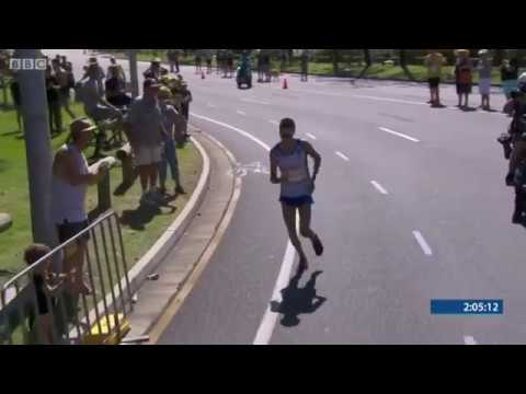 Callum Hawkins Collapses In The Men's Marathon Commonwealth Games 2018