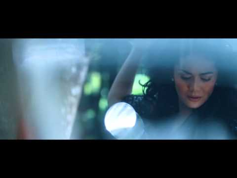 "Official Video Clip OST ""Surga Yang Tak Dirindukan"" By Krisdayanti"