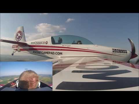 Akrobatický let Redbull +7G a -4G