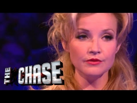 The Celebrity Chase - Helen Skelton Ate A Guinea Pig?!