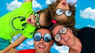 VLOG Funny Family  НАС ЗАНЕСЛО в ДРУГУЮ СТРАНУ Котята дома с кошечкой Муркой ДОРОН ДОН ДОН sketch