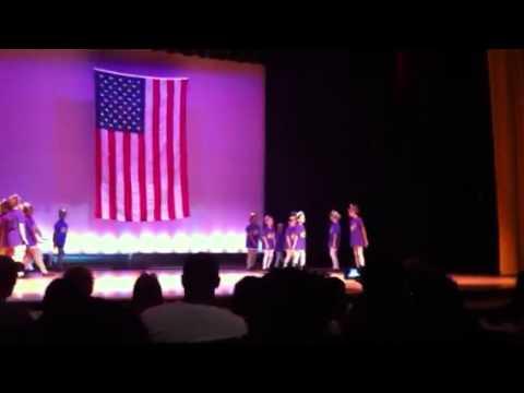 Ruth Upson elementary school beginning dance class performa