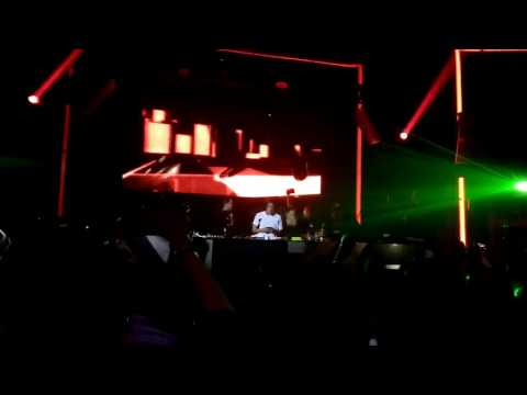 DJ Al Ghazali feat Maia Estianti at Entrance Medan (Marshmello - Alone)