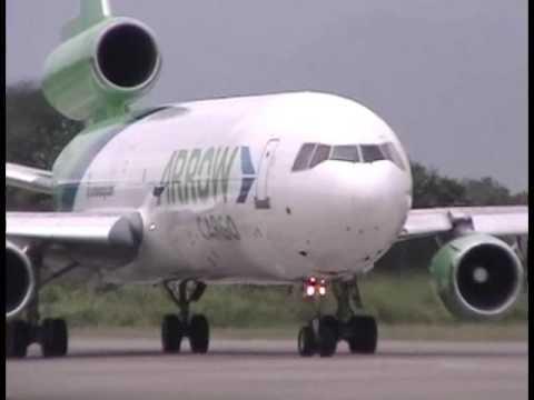 Arrow Air DC-10 Landing at MHLM San Pedro Sula, Honduras