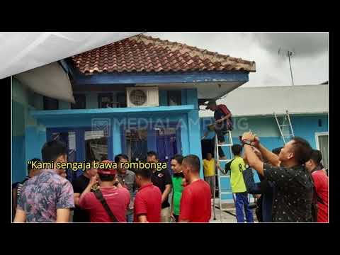 kantor-pwi-lampura-digeruduk-penghuni-lapas-kotabumi--medialampung.co.id