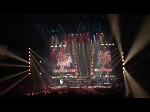 Zac Brown Band - Encore (Guitar Duel + Paradise City) ~ Welcome Home Tour, Vancouver, BC 18/08/2017
