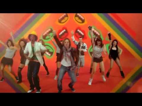 Wavin' Flag (Coca-Cola® Spanish David Bisbal ft K'naan)