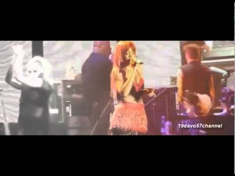 Rihanna [ Te Amo ] live...... 2011....... A GREAT GUITAR SOLO AT THE BEGINNING