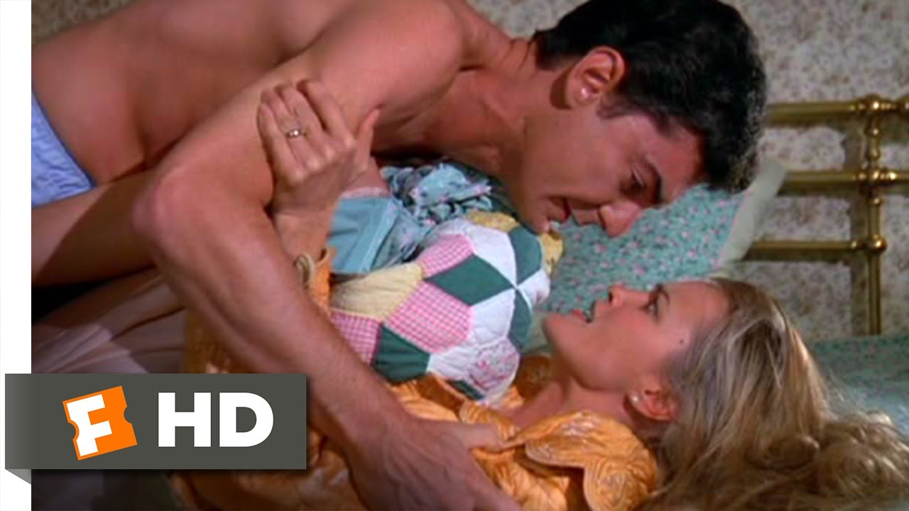 How to Beat the High Cost (4/12) Movie CLIP - Suing Your Wife (1980) HD