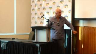 Wrestling Legend Ric Flair Q and A at the Niagara Falls Comic Con on 06/08/14
