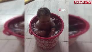 Adanalı Bebek Kovadaki Suya Girerek Serinledi