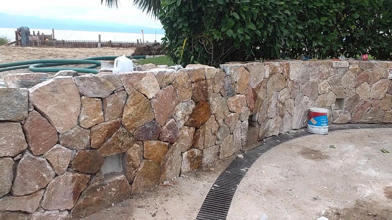 Colocaci n de piedra r stica natural youtube - Colocacion piedra natural ...