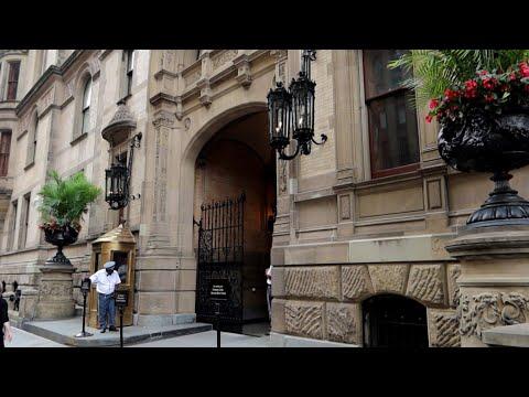 #1106 LAST Day Of JOHN LENNON Death Location/THE DAKOTA New York City - Travel Vlog (8/17/19)