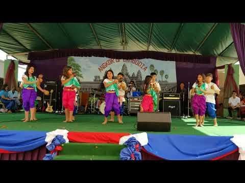Coconut Dance: Khmer New Year 2018