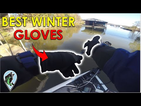 Cast Better With These Winter Fishing Gloves! | Bass Fishing Clothing Tips