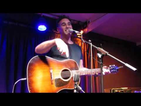 Joshua Radin - Vegetable Car (Acoustic Live in London, UK - 17.11.2017)
