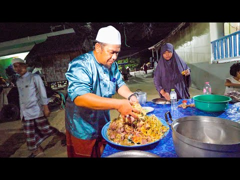 Traditional MALAY FOOD in Thailand!! 🌶️ Nobody Makes This Food Anymore!