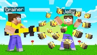 I TROLLED My FRIENDS With A BEE GUN! (Minecraft)