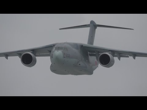 C-2 量産初号機(領収飛行試験)ローパス&着陸・岐阜2016.06.12