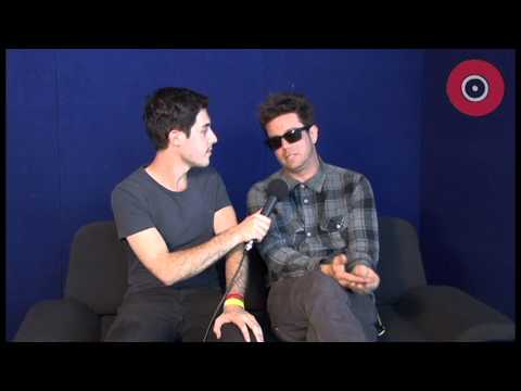 Unwritten Law Soundwave Interview 1700 Syn - YouTube