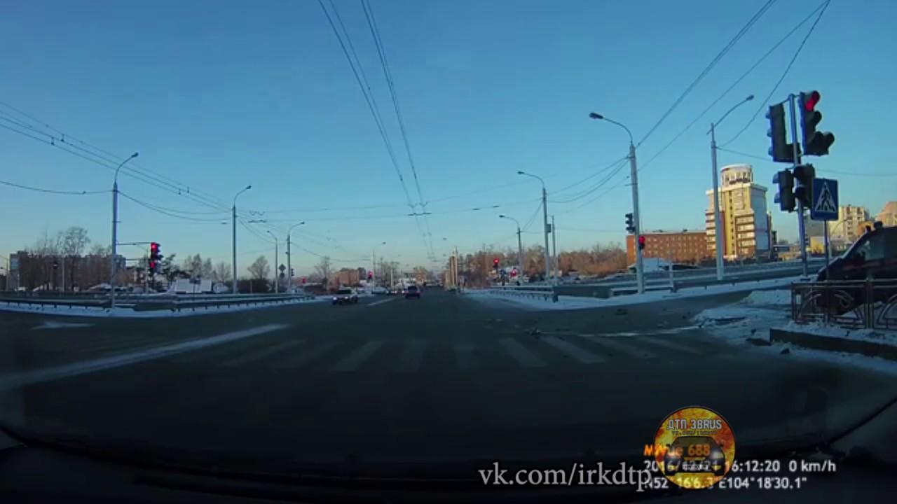 Дтп со спец машиной следственного комитета по Иркутской области