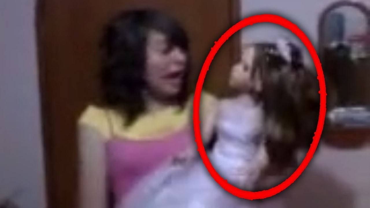 Download Top 5 Creepy Haunted Dolls CAUGHT MOVING ON CAMERA #2!