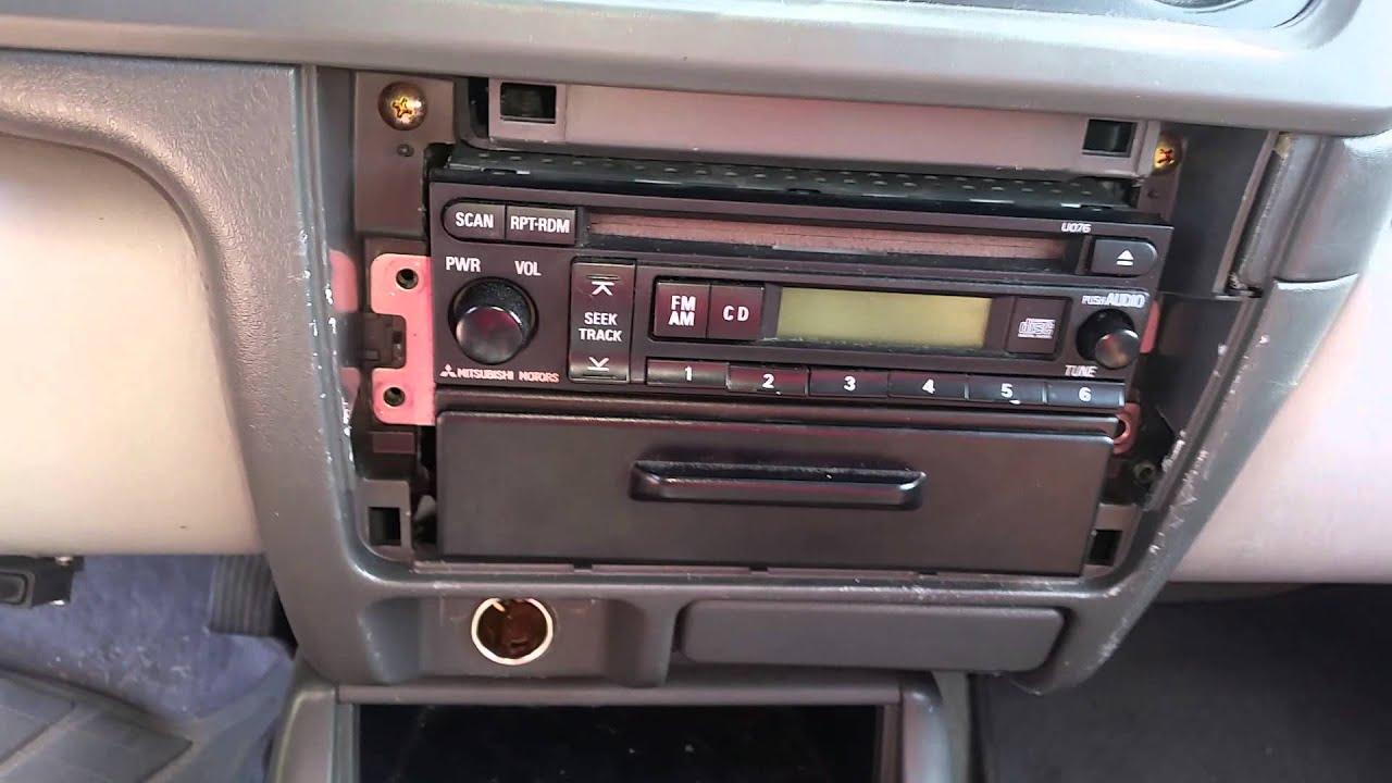 small resolution of 2002 mitsubishi montero sport stereo removal