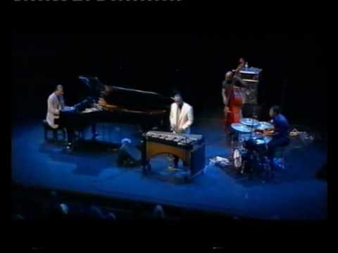 McCoy Tyner Quartet - Moment's Notice (2002)