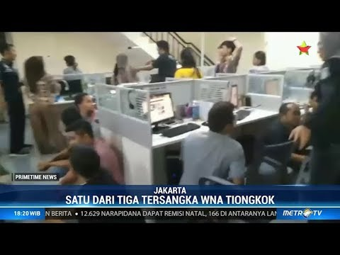 Polisi Gerebek Kantor Pinjaman Online Ilegal Di Pluit Youtube
